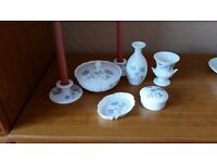 Classic vintage Wedgewood bone china Ice Rose pattern classic bedroom table set