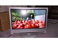 "SONY BRAVIA 32"" HD READY TV WITH BUILT IN DVB FREEVIEW TUNER"