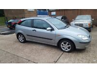Ford focus 3 door full leather seat mot in good condition