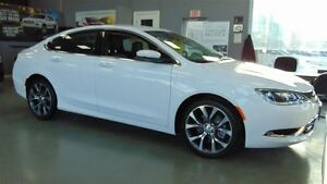 2016 Chrysler 200 C - BRAND NEW - BLOWOUT PRICE!!!!