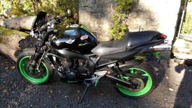 Yamaha Fazer Fz6 - Custom Isle of Man TT Motorbike - £1400+ Custom Parts