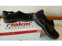 Reiker ladies anti stress shoes size 6 or eur 40 bnib EXTREMELY COMFORTABLE