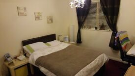 Big double room to rent in a new apartment.