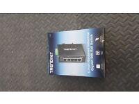 Trendnet TI-G50 & Power Supply TI-M6024