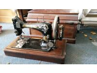 Singer sewing machine - Manual complete with lid