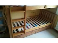 Silent night solid wooden bunkbeds