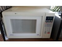 Matsui Microwave 950w Good Condition