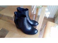 Italian designer ladies leather boots - Black - Size 37 - New