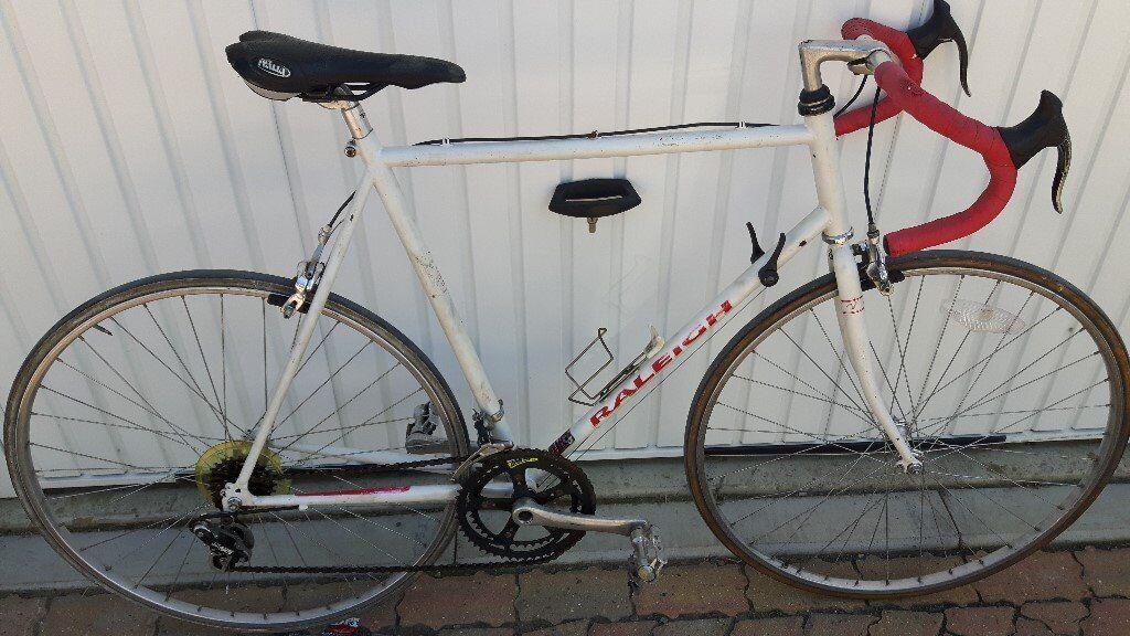 111797ea605 Old School Racing Road bike. Fully working. £100