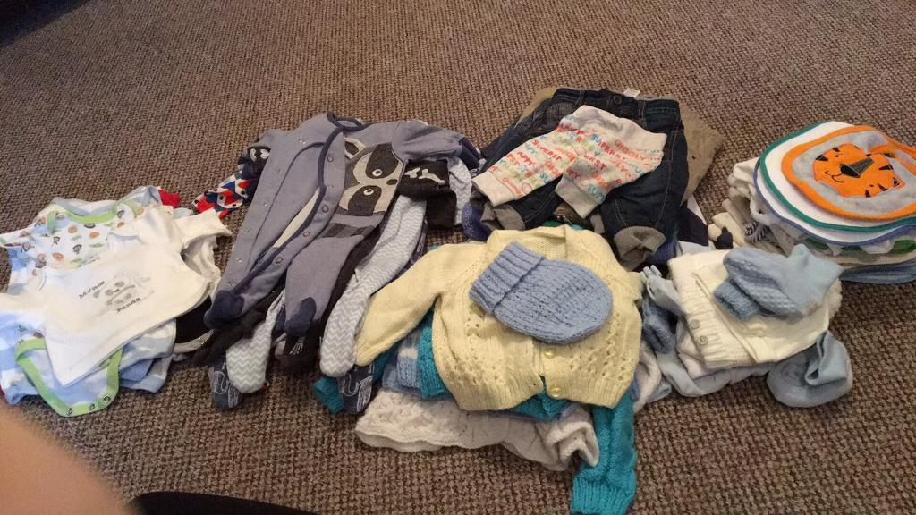 Baby clothes unisex and boysin Castlerock, County LondonderryGumtree - Aged 0 6 months 3 bin liners full off unisex and boys clothes ranged from vests, socks, bibs and outfits. All in excellent condition Half off the items havent been worn