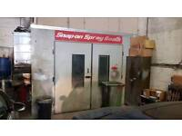 Body shop with spray booth for rent