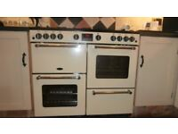 Free standing gas range cooker. 3 months old, hardly used, still under guarantee