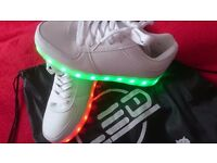 Led shoes for girl size 35