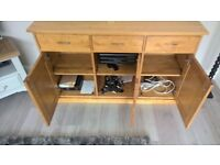 Immaculate condition chest of drawers