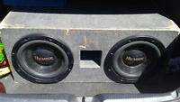 sub box with 2 12 inch subs