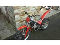 Gas Gas txt pro 250 trials bike 2005 and 2001 gas gas 250