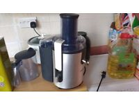 Phillips Whole Fruit Centrifugal Juicer Healthy Living Convenience Kitchen Machine Philips HR1861