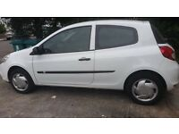 LEFT HAND DRIVE RENAULT SPECIAL PRICE