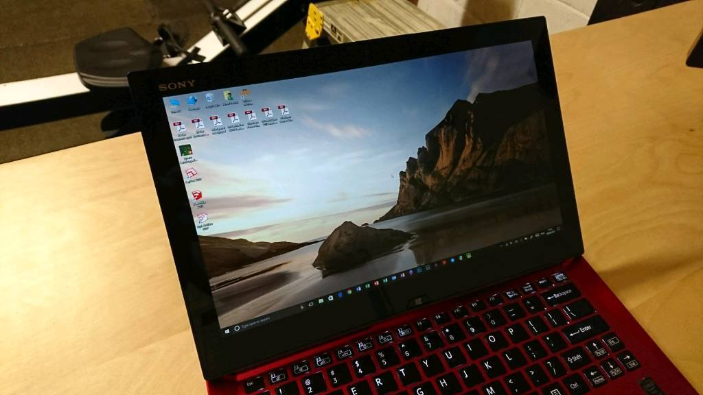 Sony Vaio Duo 13 Limited Red Edition