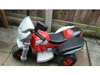 Kids motorised trike