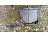 2002 vauxhall corsa c 1.0 3 cylinderMass air flow and air box complete
