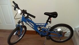 "Trax TFS.20 Boys Mountain Bike , 16"" inch wheels, steel frame, 6 gears, in excellent condition."
