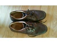Clarks active air brown shoes