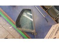 2010 VW GOLF MK6 OFF SIDE REAR BACK DRIVER SIDE OSR DOOR QUARTER GLASS GUJ £50