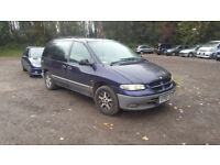 CHRYSLER VOYAGER PETROL. 3.3 LITRE. TOWBAR. 7 SEATER AUTOMATIC. 130,000. MOT EXPIRED.