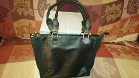 Oasis Ladies shopper
