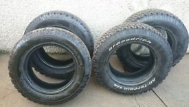 All weather tyres LT225/70R16