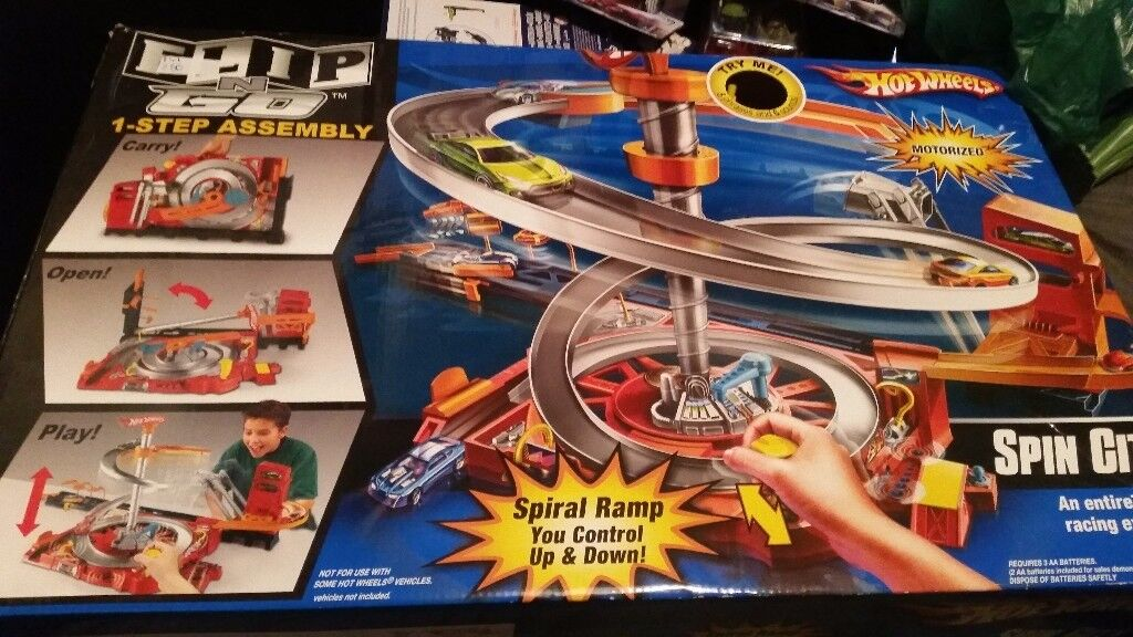 Hot wheels car track flip n go spin city