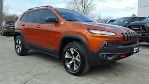 2015 Jeep Cherokee TRAILHAWK 4X4 - FULLY EQUIPPED !!!! CLEAN CAR