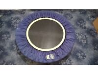 Urban Rebounder - Mini Exercise & Fitness Trampoline + 2 DVD's