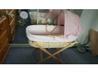 Moses basket hardly used excellent condition