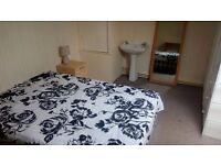 Nice room in Salford for rent.