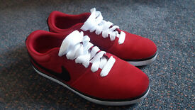 Nike SB red mens trainer UK size 8