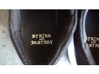 Brand New - Nike sb - Black White - Janoski Max sb - Size 10 UK