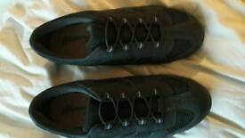Ladies shoes/trainers