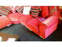 Red scattered corner suittee