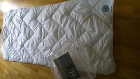 NEW Single bed mattress topper. Luxury thick soft micro fibre. Snuggledown of Norway.