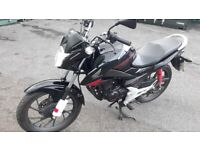 Honda, CB125f learner legal motorbike. registered June 2016, low mileage.