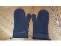 KitchenAid Silicone oven mitts