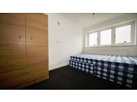 *COSY DOUBLE ROOM* AVAILABLE EARLY FEB! INC BILLS! FURNISHED! NEWLY REFURBISHED! PONDERS END, EN3