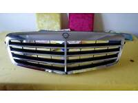 Mercedes grill in VGC