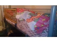 WOW! - BUNK BED in Great Condition + Premium Mattress + FREE DELIVERY TOO!!