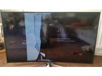 """SAMSUNG 55"""" LED SMART CURVED TV (SCREEN DAMAGED)"""