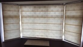 Roman blinds for bay window - set of 3
