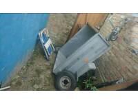Mini tipper trailer