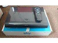 SKY+HD 1TB DRX895
